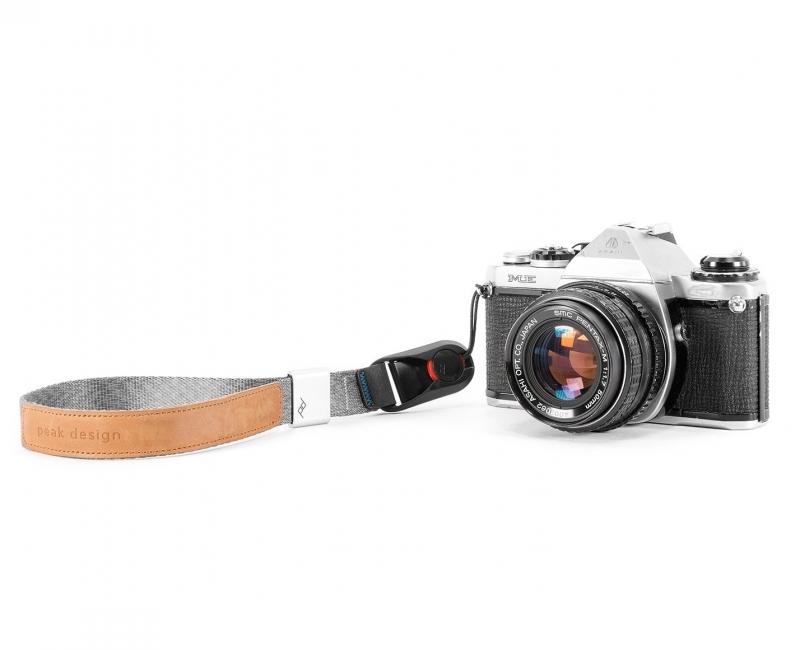 Dây máy ảnh đeo cổ tay Peak Design Cuff Wrist Strap, Màu xám 4