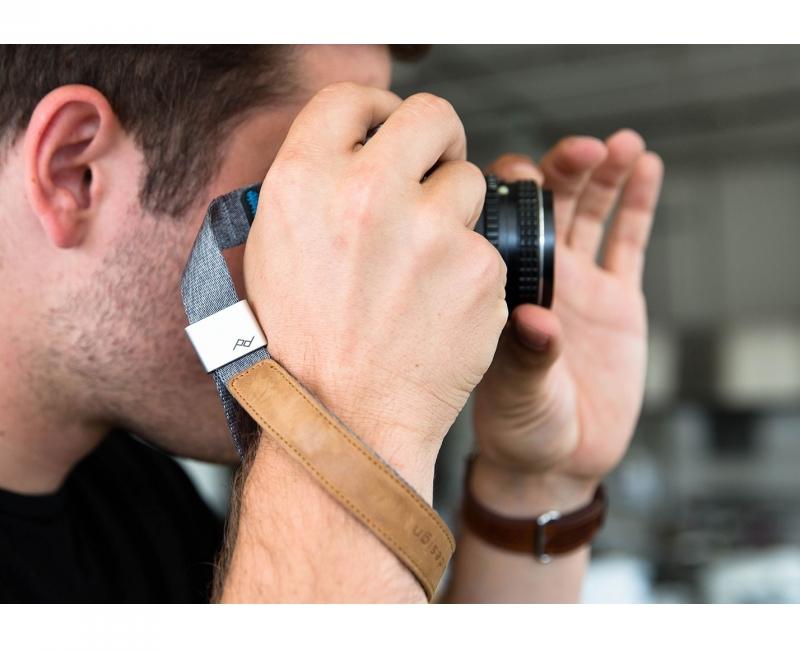 Dây máy ảnh đeo cổ tay Peak Design Cuff Wrist Strap, Màu xám 5