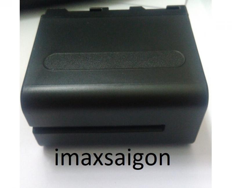 Bộ Đèn YN300 III + Pin F970 + Sạc 3